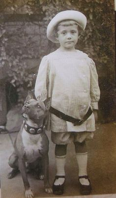 Old photo pit bull and child 02