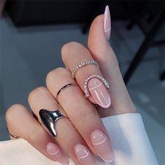 Pink Tip Nails, Em Nails, Blush Nails, Pink Oval Nails, Short Oval Nails, Short Pink Nails, Oval Acrylic Nails, Almond Acrylic Nails, Baby Pink Nails Acrylic