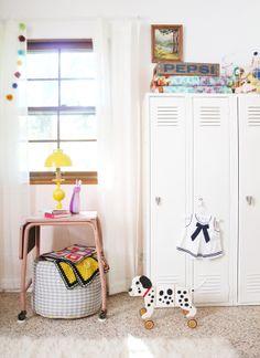 Habitación _bebe_vintage1: genial la idea de las taquillas!!