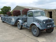 raf queen mary trailer - Google Search Bedford Truck, Army Vehicles, Skin So Soft, Old Trucks, Vintage Cars, Queen Mary, Aeroplanes, Commonwealth, Google Search