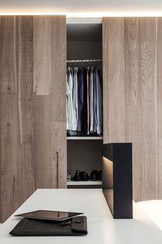 Portes de placard en bois chaleureux