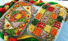 Salad Design, Food Design, Appetizer Sandwiches, Appetizer Recipes, Salad Presentation, Iranian Dishes, Iran Food, Food Garnishes, Food Decoration