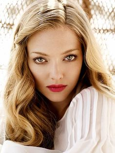 A beautiful shot of actress Amanda Seyfried. #actresses #Hollywood