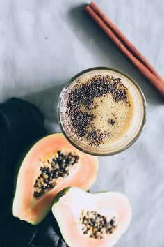 3 Anti-Aging Breakfasts You Can Make in Minutes | http://helloglow.co/anti-aging-breakfasts/