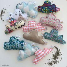 Cadeaux faits-main, idée de cadeau personnalisé pour Noël, emballage cadeau original et recyclé, chocolats maison, bougies homemade, jeux handmade...