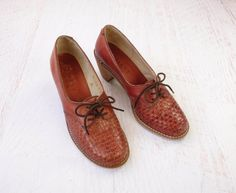 Vintage Oxford Shoes Wood Heels Leather Size by WhiteGloveVintage, $78.00