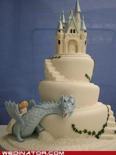 I totally would've loved a wedding cake like this.