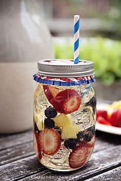 4th of July Sangria | DIY Cocktail Recipes For Your 4th Of July Party by DIY Ready at http://diyready.com/19-dyi-ideas-for-your-fourth-of-july-party/