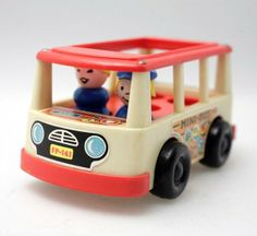 Fisher Price No.141 Mini Bus + Figuren in Wetzikon ZH kaufen bei ricardo.ch