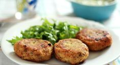 Don't know what to do with those left mashed potatoes? Try these easy-to-make, delicious italian potato cakes Mashed Potato Cakes, Leftover Mashed Potatoes, Potato Pancakes, Vegetable Recipes, Vegetarian Recipes, Cooking Recipes, Potato Recipes, Keto Recipes, Italian Appetizers