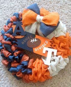 House Divided Wreath; Rivalry Wreath; Auburn/ Tennessee Rivalry Wreath; Burlap…
