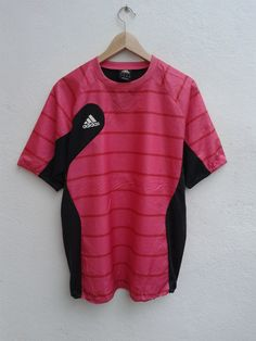 15% SPRING SALE ADIDAS Sportswear Jersey Vintage 90s Pink Gym Track and Field T-Shirt Size L - $17.85 USD Pink Gym, Adidas Sportswear, Spring Sale, Track And Field, Adidas Shoes, Wetsuit, Nike Jacket, Running Shoes, Swimwear
