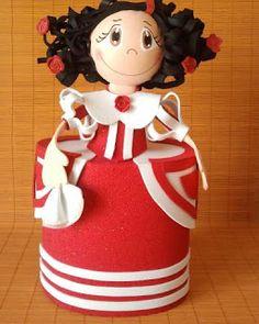 fofucha menina Foam Crafts, Arts And Crafts, Diy Crafts, Art Dolls, Projects To Try, Barbie, Disney Princess, Disney Characters, 3d