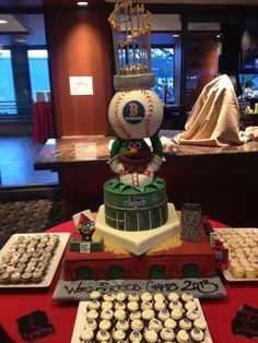 Cake for the Boston Red Sox winning the World Series!!!!!  Check out Officer Horgan at the lower left!
