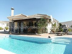 Top spec 3 bed 3 bath villa with detached double garage, swimming pool and lovely views Arboleas. For full details click on link below : http://www.calidahomespropconsult.com/view-property/cla-6368-resale-villa-in-arboleas