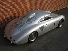 1955-porsche-356-silver-bullet-hotrod-siderearview