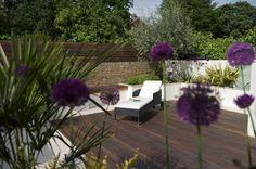 A fabulous urban garden for outdoor living