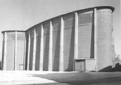 RUDOLF SCHWARZ - ST. MICHAEL, FRANKFURT 1954 SCANNED FROM: FACES - JOURNAL D' ARCHITECCTURES #49 Industrial Architecture, Sacred Architecture, Classic Architecture, Bauhaus, John Hejduk, Frankfurt Germany, Cologne Germany, Art Deco, St Michael