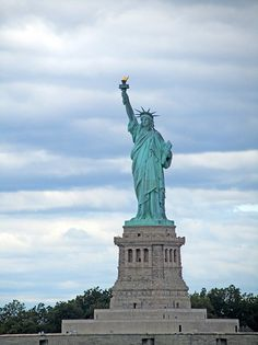 Fotografía: Clara Hernandez Korai - Estatua de la Libertad Packing Tips For Travel, Budget Travel, Solo Travel, Travel Usa, City Pass, New York City Travel, Cool Places To Visit, Trip Advisor, Travel Inspiration