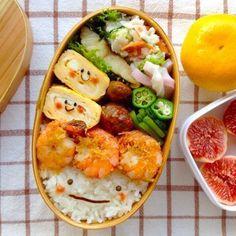 今週の顔弁当 Cute smiley face rice & tamagoyaki bento box – Trends Pins Home Bento Box Lunch For Kids, Cute Bento Boxes, Lunch Ideas, Bento Ideas, Bento Recipes, Healthy Recipes, Japanese Food Art, Japanese Lunch Box, Food Porn
