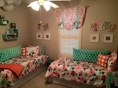 Medium size of toddler girl bedroom ideas for small rooms on a budget baby room design Small Shared Bedroom, Small Room Bedroom, Girls Bedroom, Small Rooms, Master Bedroom, Kids Rooms, Narrow Bedroom, Childs Bedroom, Room Kids
