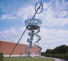 Vitra Campus instala una Torre mirador con un tobogán Vitra Slide Tower / Carsten Höller. Imagen © Vitra