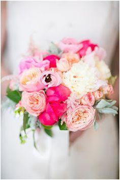 Seven Secrets of French Bridal Bouquet   Read more: http://simpleweddingstuff.blogspot.com/2015/08/seven-secrets-of-french-bridal-bouquet.html