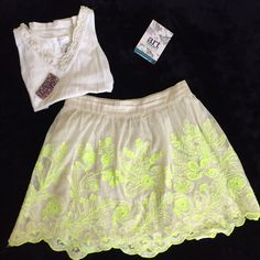 """Anthro Vanessa Virginia Electric Vines Skirt RARE Anthropologie skirt from Vanessa Virginia. Highlighter blooms sweep across this gauzy cotton mini. Built-in slip. Size Medium. Tagged a size 8. Measurements: 30"""" waist or 15"""" flat. Back has elastic band (see pic) 17"""" long. Hoped it would fit me, bc I thought it may run small like other pieces I've tried on in store, but nope. 😥 Was originally $118 online, but no longer available. Great condition since I can't wear it, and it just hangs out…"""