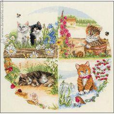 Crosstitch kit : seasons's kittens - Kit de point de croix : Les chats et les saisons- 21.96 €