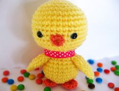 This little chick looks perfect for Easter baskets next year! #crochet