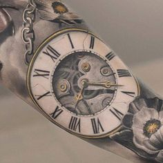 Awesome clock #tattoo by Darwin Enriquez