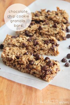 Chocolate chip cookie granola bars from The Baker Upstairs. These granola bars are a quick and healthy snack, and taste like a delicious chocolate chip cookie! www.thebakerupstairs.com