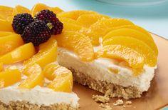 Sorprende a tu familia en la ocasión que desees con este delicioso cheesecake de melocotón.  #Crema de Leche #NESTLÉ