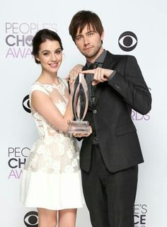 Peoples Choice Awards~Reign