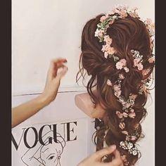 Tutorial de Penteado . Gostaram? Marque as amigas para seguirem nossa pagina tambem  ❤️ #loveit @modaxhair #hairstyle