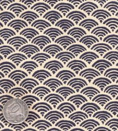 pearl white and stencil darker colour Asian Quilts, Japanese Patchwork, Patchwork Fabric, Garden Ornaments, Dark Colors, Pearl White, Indigo, Pattern, Stencil