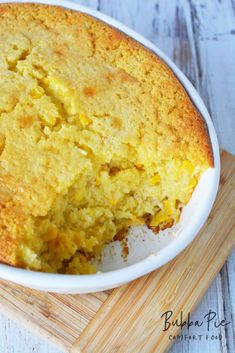 This easy corn pudding casserole uses Jiffy Corn Muffin Mix Corn Pudding Casserole, Easy Corn Pudding, Sweet Corn Pudding, Cornbread Pudding, Jiffy Cornbread Mix, Easy Casserole Dishes, Corn Pudding Recipes, Casserole Recipes, Cornbread Casserole