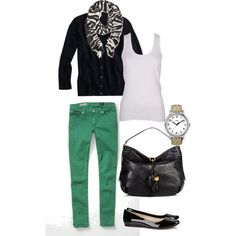 Love this outfiT..I wish I could pull off the green..Hum!