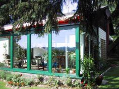 Freistehender wintergarten ~ Wintergarten mit faltfenster und milchglas brüstung brüstung