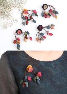 열매브로치 [ BBA7118 ] Textile Jewelry, Fabric Jewelry, Jewellery, Hand Embroidery Designs, Beaded Embroidery, Fabric Flower Pins, Fabric Brooch, Creative Textiles, Fabric Art