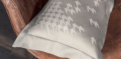 Oliveri Home - Vinci Collection - Exclusive embroideries make the Vinci collection a beautiful match between traditions and modernism.