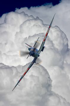 Ww2 Fighter Planes, Fighter Aircraft, Fighter Jets, Ww2 Aircraft, Military Aircraft, Airplane Art, Supermarine Spitfire, Aviation Art, Tumblr