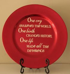 I am going to use an inexpensive plate or charger an make a few of these with different holiday quotes. I like the Grinch one about Christmas not coming from a store, and then something simple like Have yourself a Merry little Christmas.