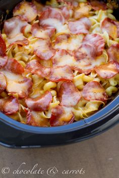 Crock Pot Pizza Spaghetti | chocolate & carrots try with bacon, ground chicken and pepperoni