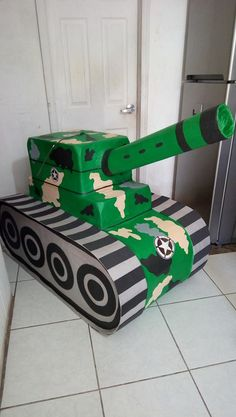 Kids Army Costume, Diy Halloween Costumes For Kids, Halloween Kostüm, Army Birthday Parties, Army's Birthday, Cool Nerf Guns, Veterans Day Activities, Baby Shower Deco, Army Party