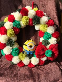 クリスマスポンポンリース | ハンドメイドマーケット minne 4th Of July Wreath, Christmas Wreaths, Holiday Decor, Christmas Garlands, Advent Wreaths