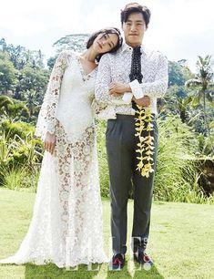 Lee Hee Joon and Lee Hye Jung for Elle Korea March Photographed by Yoo Young Kyu Black Wedding Dresses, Boho Wedding Dress, Wedding Suits, Bridal Dresses, Wedding Poses, Wedding Photoshoot, Marie, Weddings, Dream Wedding