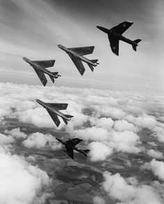 A mixed 92 Sqn formation over Yorkshire during the transition from Hunters to Lightnings. 1963