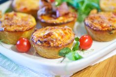 Pienet pekonipiiraset Baked Potato, Food And Drink, Salad, Snacks, Baking, Ethnic Recipes, Content, Kids, Red Peppers
