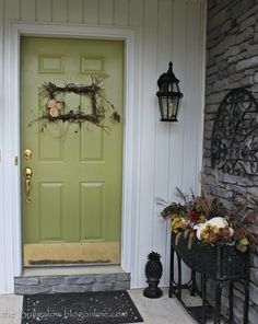90 Fall Porch Decorating Ideas | Shelterness    I bet you could take an old picture frame and do that wreath